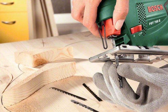 Как сделать ручной лобзик в домашних условиях